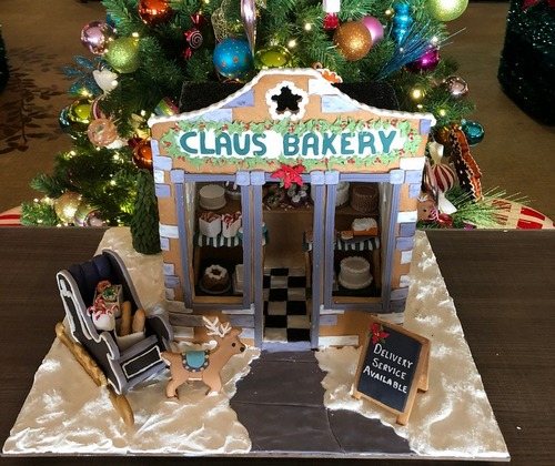 Claus Bakery Gingerbread House