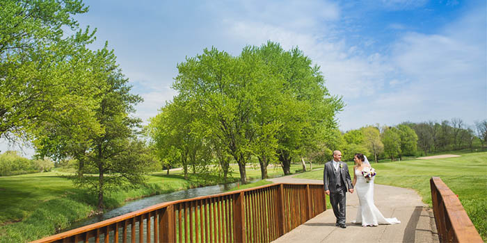 Wedding on bridge at Grand Geneva